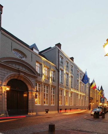 Grand Hotel Casselbergh Bruges: Hotel Facade