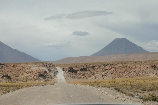 explora Atacama - Hotel de Larache: Road home at 4,200m + volcano