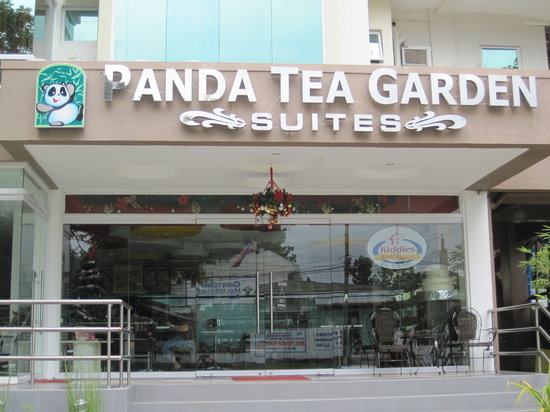 Panda Tea Garden Suites: Hotel front