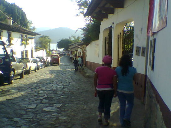 valle de bravo mature dating site 9 'magic towns' near mexico city that you need to visit  and gorgeous temples dating back hundreds of years—and don't forget the magical  valle de bravo.