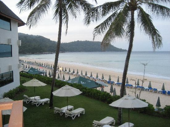 Katathani Phuket Beach Resort: View from Balcony of Junior Ocean