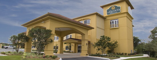 La Quinta Inn &amp; Suites Sebring: Hotel Exterior