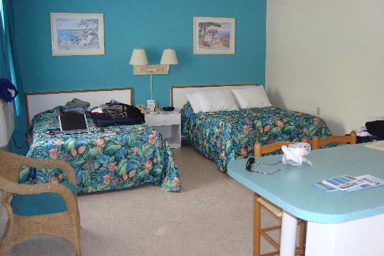 Silver Sands Beach Resort: Interior #112