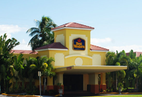 ‪BEST WESTERN PLUS University Inn‬