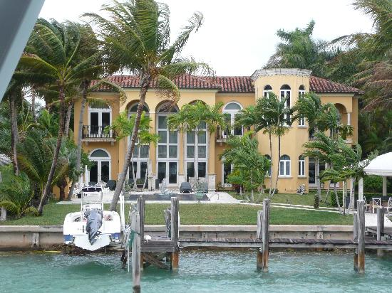 pictures of will smith house. will smith house in miami.