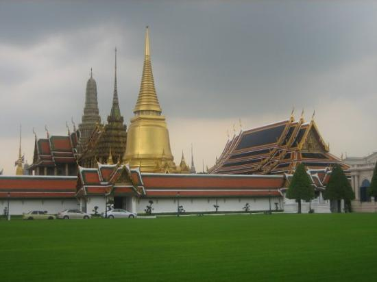 Photos of Temple of the Emerald Buddha (Wat Phra Kaeo), Bangkok