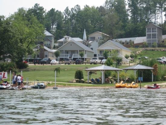Chestnut Bay Resort Leesburg Alabama http://www.travelpod.com/specialty-resort/Chestnut_Bay_Resort-Leesburg.html