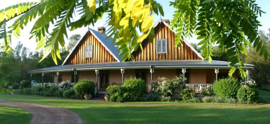 Photo of Carriages Boutique Hotel & Vineyard Pokolbin