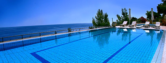 Lithies Studios Apartments: view over the ionian sea from the swimming pool