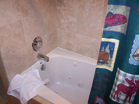 Bear Creek Vacation Condos: Jetted Tub