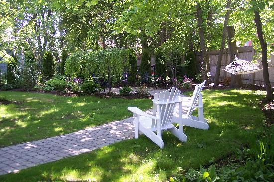 The Chadwick Bed & Breakfast : Backyard
