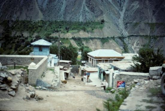 Gilgit, Pakistán: Thriving metropolis of Astor, Pakistan