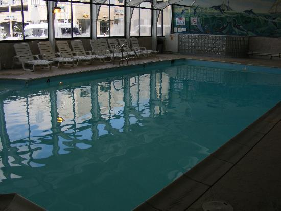 The Oceanfront Inn: Heated Pool - Oh so nice