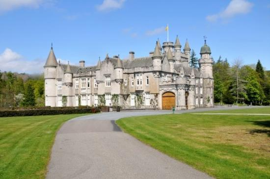 Balmoral Castle Picture Of Balmoral Aberdeenshire