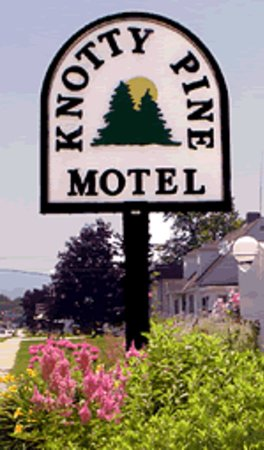 Photo of Knotty Pine Motel Bennington