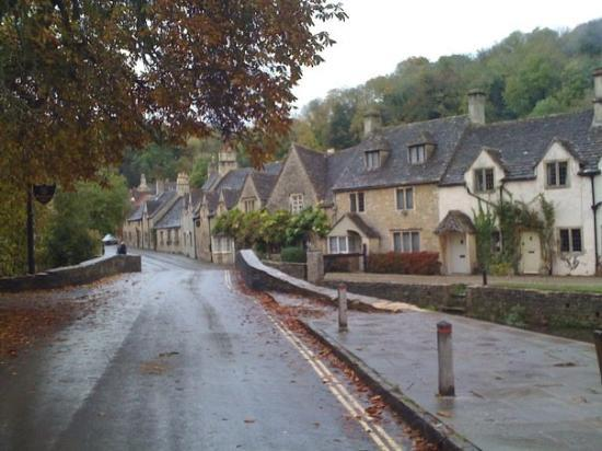 Castle Combe, UK: Why am I not living here?!?!?!