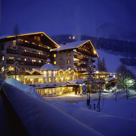 Photo of Singer Sporthotel & SPA Berwang