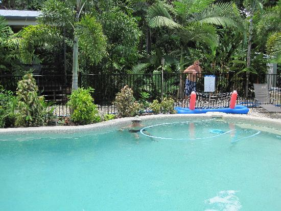 Boutique Bungalows: pool