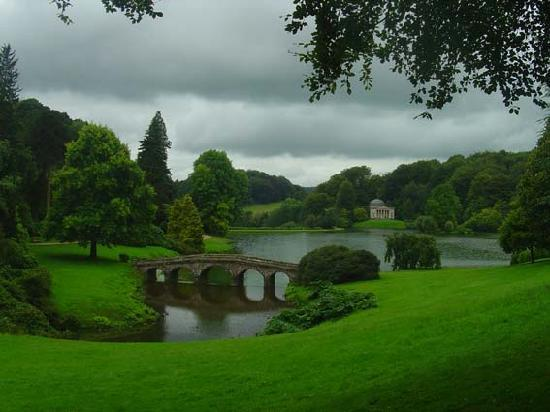 Warminster, UK: Stourhead House and Gardens