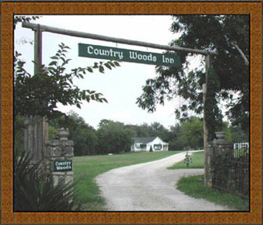 Welcome To Country Woods Inn