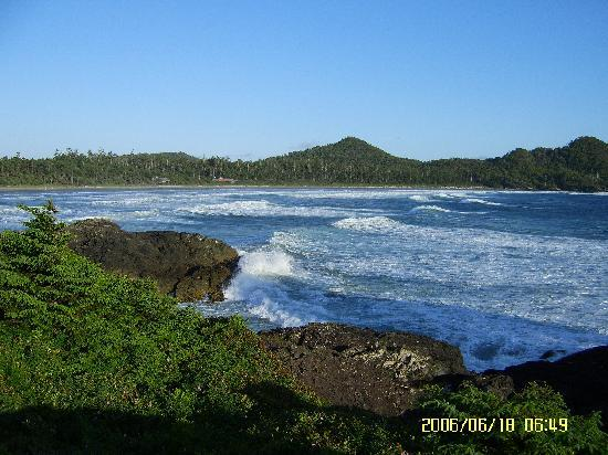 Pacific Sands Beach Resort: A pathway leads you to this fantastic view!