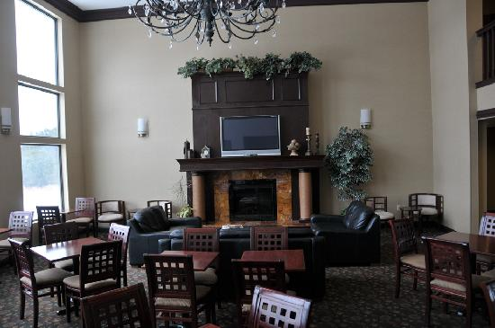 Holiday Inn Express Cooperstown: Common Areas