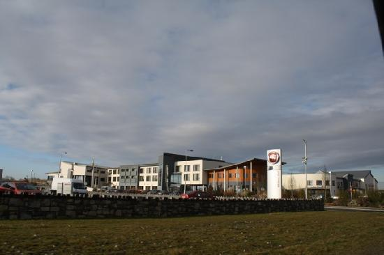 อาทโลน, ไอร์แลนด์: Non-photoshopped panoramic of the actual location of the Athlone Springs Hotel