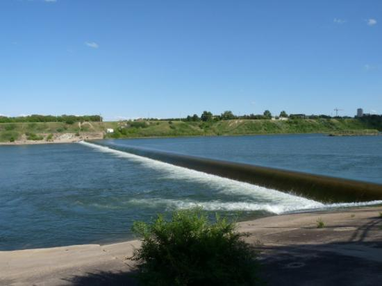 The Weir, Saskatoon, SK