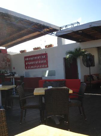 Hotel El Punto: Lounge/bar