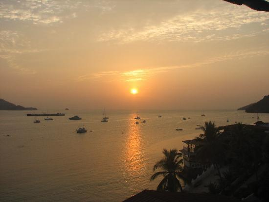 Isla Taboga, ปานามา: The view from our room at sunrise
