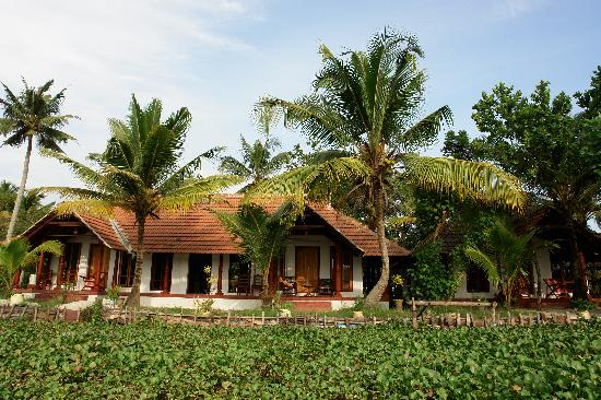 beauty - Picture of Back Water Farm House, Alappuzha ...