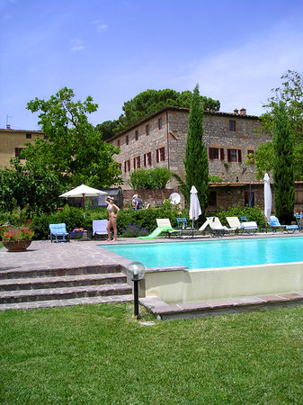 Tenuta di Corsano: The swimming pool of Tenuta