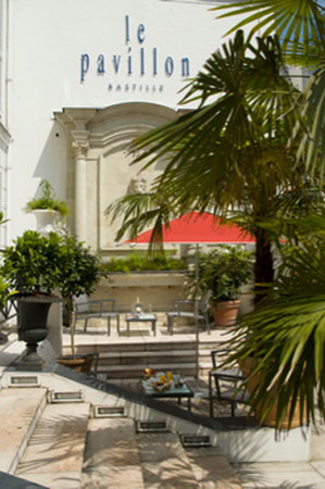 Hotel Pavillon Bastille: The Courtyard