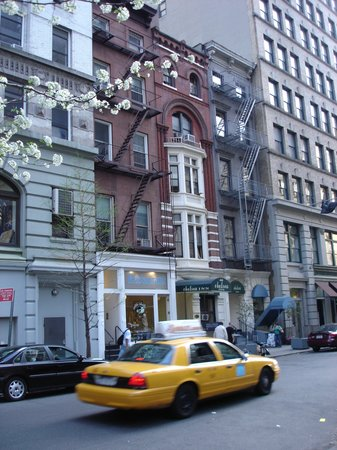 view of picture of chelsea inn 17th street new york. Black Bedroom Furniture Sets. Home Design Ideas