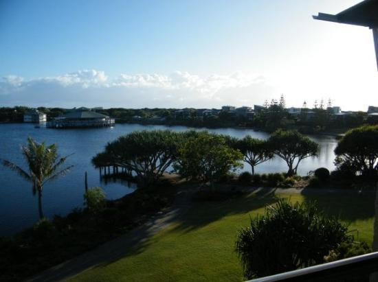 Maroochydore, Australia: 10 Oct 2009 - The view from our apartment looking to the right