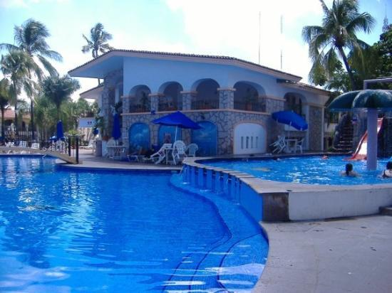Hotel Maria Isabel: This has three different pools at different levels that are all connected, beautiful
