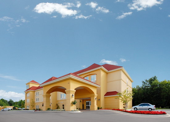 La Quinta Inn & Suites Huntsville Airport Madison: Welcome to the La Quinta Inn and Suites, Madison, AL