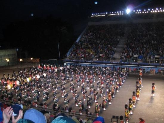 Edinburgh Military Tattoo pipe band: By banditoo on Feb 2010