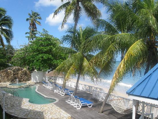 Swimming pool at Villa Beach Cottages, Castries