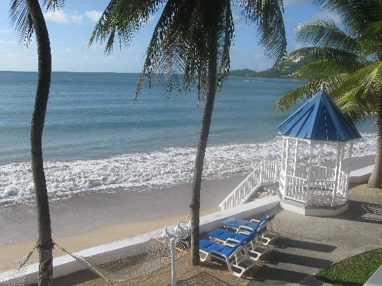 Beach and gazebo at Villa Beach Cottages, Castries