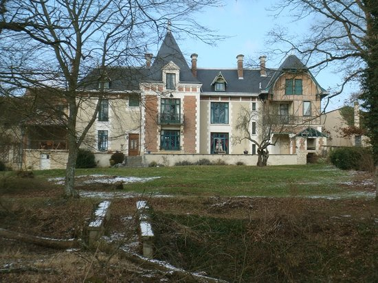 ‪Chateau Le Barreau‬
