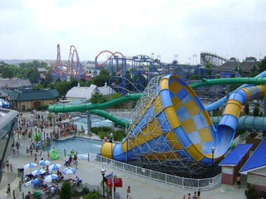 Hershey Park: view from the giant ferris wheel of the new