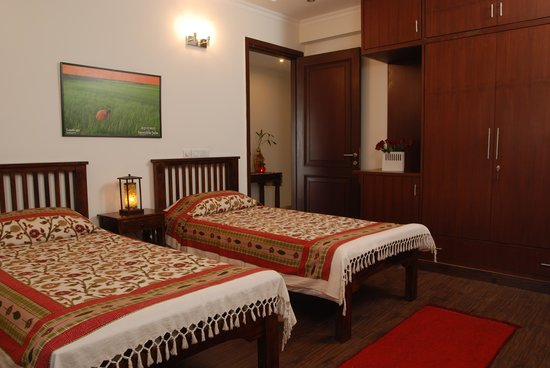 Tree Of Life: Twin bed guest room