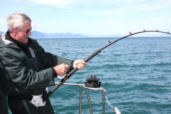 Do i need license for transmit on 11 meter page 2 qrz for Do you need a fishing license