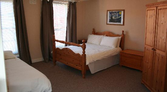 Capel Street Apartments: bedroom