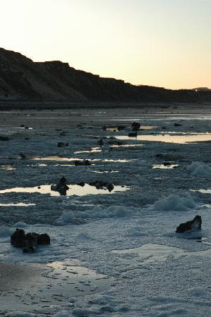Incleborough House Luxury Self Catering: East Runton Beach