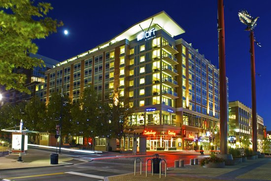 Aloft Washington National Harbor