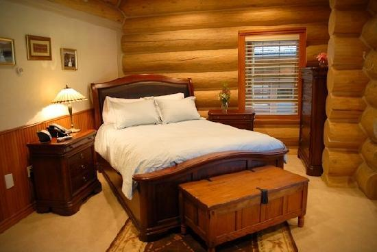 Glacier Mountain Lodge: Twin Creek Suite