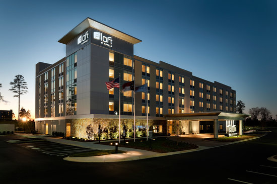 Aloft Charlotte Ballantyne