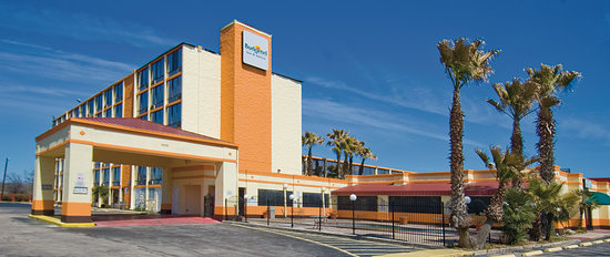 Budgetel Inn & Suites